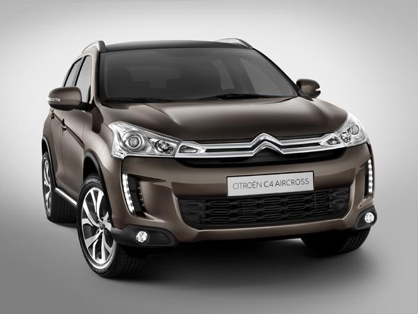 Des Citroën DSX et DS coupé en préparation?
