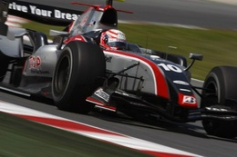 GP2 Barcelone Course 2 : Romain Grosjean rate le coche, Kobayashi empoche