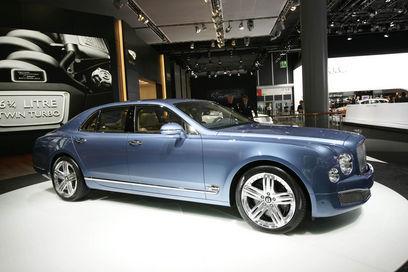 Joue-la comme Rolls-Royce : bientôt un coupé et un cabriolet basé sur la Bentley Mulsanne