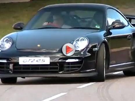 [Vidéo] La Porsche 911 GT2 RS en large et surtout en travers