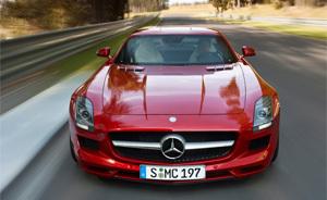 Grosse artillerie : une Mercedes SLS AMG Black Series au programme