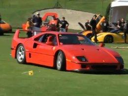 [Vidéo] Un Green de golf bien tondu, une Ferrari F40 et un conducteur un peu taquin
