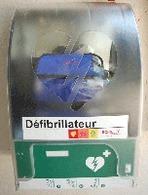 Paris : des défibrillateurs dans les parkings de la Saemes