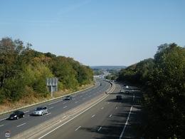 Les autoroutes françaises bientôt limitées à 120 km/h ?
