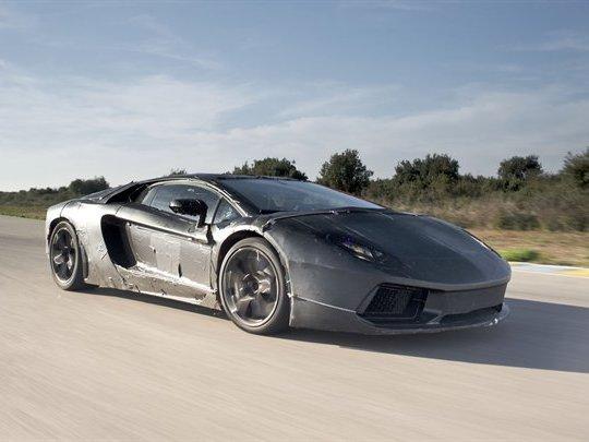Autocar essaie la future Lamborghini V12