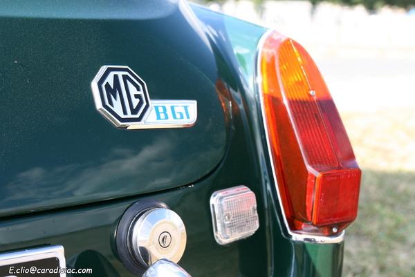 Photos du jour : MGB GT