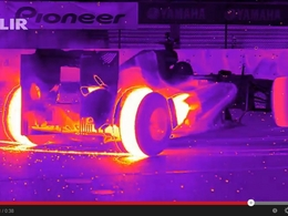 Vidéo - La RB8 Red Bull Racing passe ses donuts aux infrarouges
