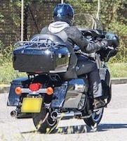 Une Triumph façon Harley en approche?