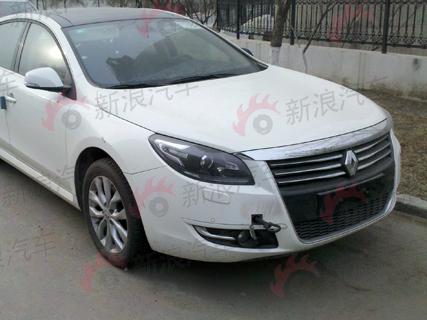 Une Renault Safrane bientôt en Chine
