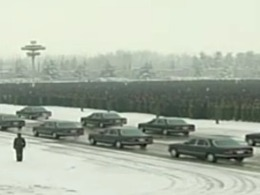 (Vidéo) Beaucoup de voitures pour les funérailles de Kim Jong-il