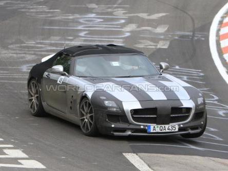 La Mercedes SLS AMG cabriolet sera dévoilée au salon de Francfort 2011