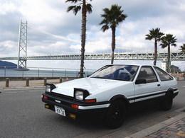 La p'tite sportive du lundi: Toyota Corolla AE86.
