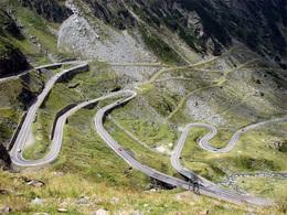 L'équipe Top Gear fait escale en Roumanie : ça risque d'être sympa