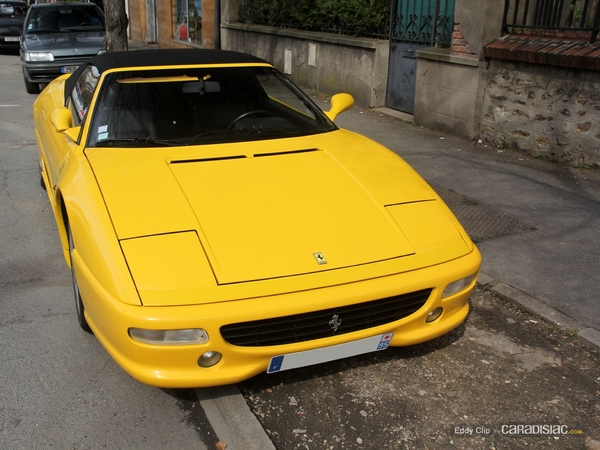 Photos du jour : Ferrari 355 F1 Spider