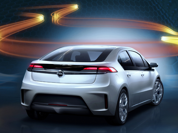 Plus belle de l'année 2011 : l'Opel Ampera éliminée, restent 6 demi-finalistes