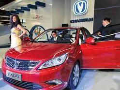 Economie: les équipementiers français préparent l'automobile chinoise de demain