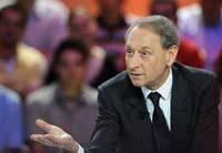 Delanoë : pourquoi ne pas « taxer » les dirigeants de Total qui se « goinfrent » ?!