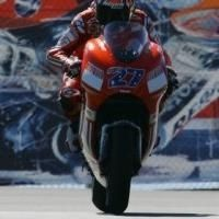 Moto GP: Etats Unis D.1: Stoner recommence.