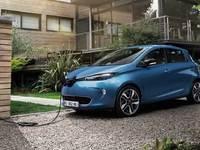 Voitures électriques : les propriétaires rechargent très majoritairement à domicile