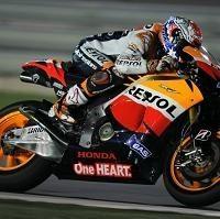 Moto GP - Test Qatar D.2: Stoner et Pedrosa au duel Spies meilleur Yamaha et De Puniet devant Lorenzo !