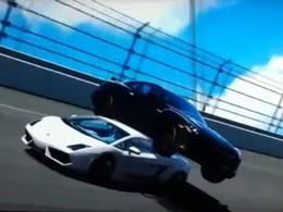 [Vidéo] Bug : collision étrange entre une Lamborghini Gallardo et une Nissan GT-R dans Gran Turismo 5