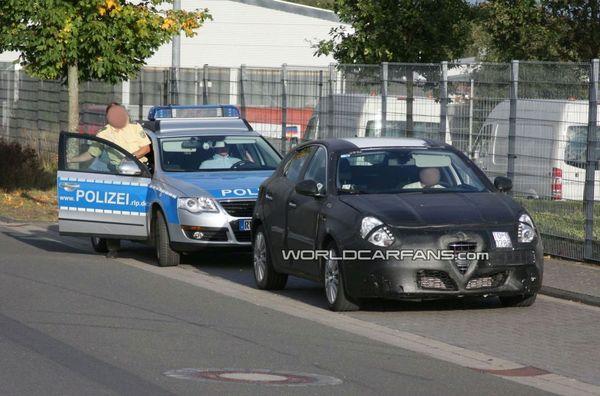 La future Alfa Romeo Milano arrêtée par la police allemande