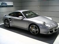 Stand Porsche au salon de Paris