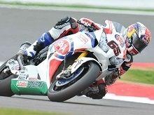 Superbike – Silverstone Manche 1: Rea gagne et Guintoli conforte sa place de leader
