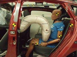 Etats-Unis : des mannequins aux places arrière pour les crash-tests
