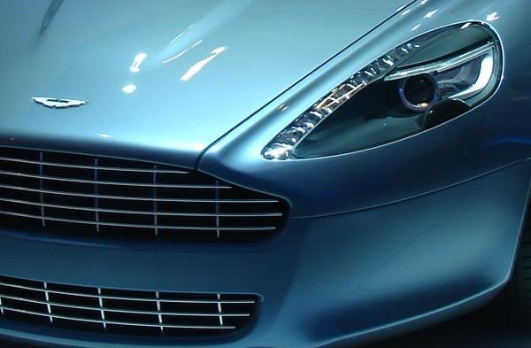 [Vidéo] La nouvelle Aston Martin Rapide en toute simplicité