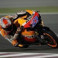 Moto GP - Qatar D.1: Stoner domine Barbera troisième et Rossi devant les Yamaha !