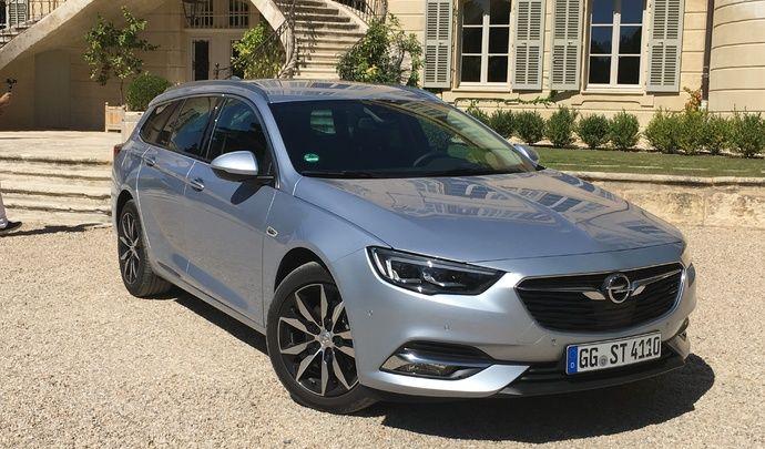 Opel Insignia Sports Tourer: les premières images de l'essai en live et impressions de conduite