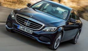 Mercedes : disparition de l'étoile sur le capot de la Classe C aux Etats-Unis