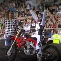 Vidéo : Mark Monea pose son frontflip 360° au Nitro Circus Live