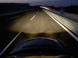 (Minuit chicanes) L'automobile contribue-t-elle à abolir l'espace au profit du temps?