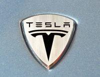 Tesla Motors produira une berline hybride rechargeable dès 2010