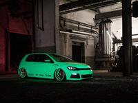 VW Golf VII Light-Tron par LCS et BlackBox Richter : le ver luisant