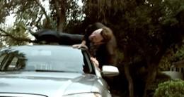 [Vidéo Pub] : BMW saute de joie et tacle Audi