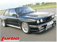 La BMW E30... toujours dans la course !!