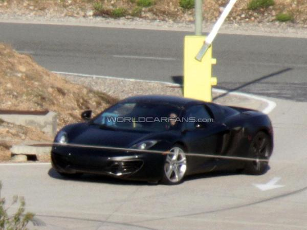 Future McLaren MP4-12C Spider: toit en fibre de carbone