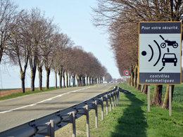 """40 millions d'automobilistes dénonce les radars """"piégeux"""" avec une carte détaillée"""