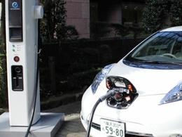 Nissan étend son réseau de bornes de recharge électrique