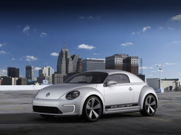 Détroit 2012 : concept VW E-Bugster, une Coccinelle rabotée électrifiée