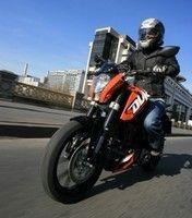 Essai - KTM 125 Duke 2011 : opération infiltration