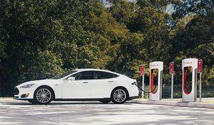 Tesla veut couvrir toute l'Europe avec ses superchargers dès 2019