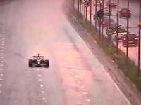 [Vidéo]: Visite de Sao Paulo... depuis une Red Bull F1 !