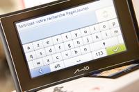 Mio Moov : le premier GPS qui intègre le bottin