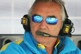 F1 - Flavio Briatore :il saura cette semaine s'il pourra continuer le football anglais