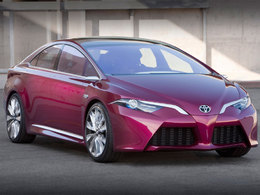 Détroit 2012 : concept Toyota NS4, la grande Prius ?