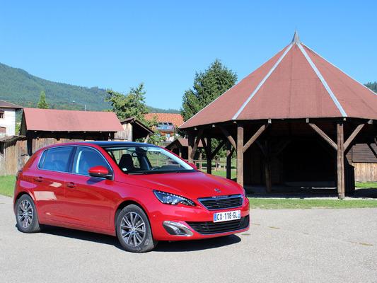 Peugeot 308  PureTech 130 ch : elle hérite de la nouvelle boîte automatique